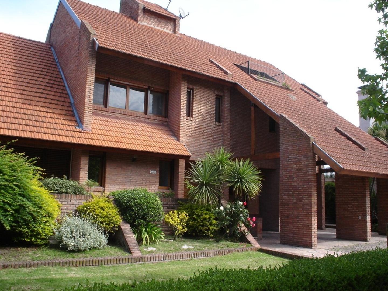 Casa en Alquiler en San Isidro Chico