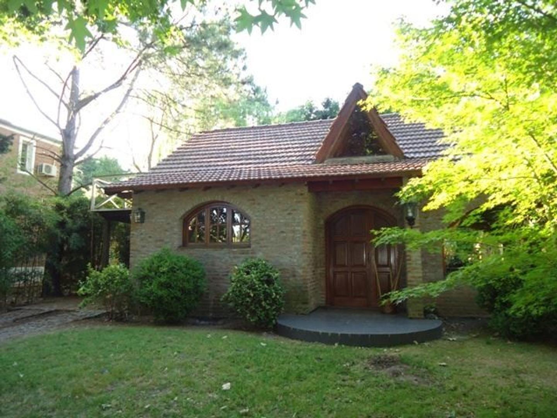 Casa en Venta en Los Quinchos C.C.