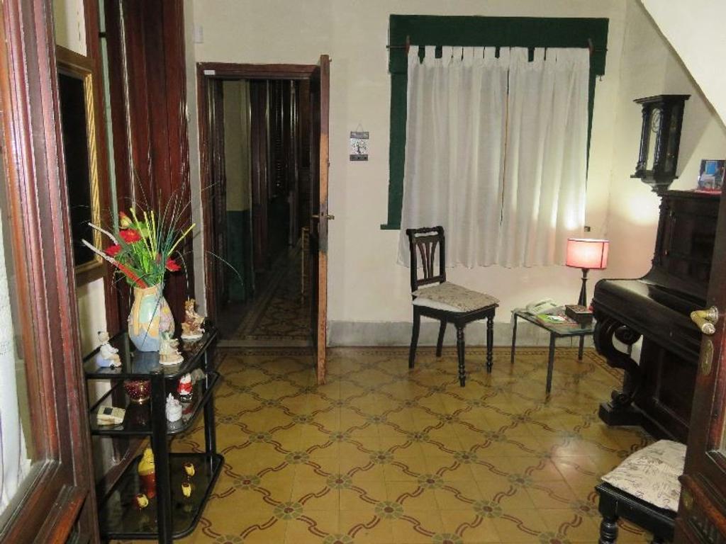 Departamento tipo casa en Venta de 4 ambientes en Capital Federal, San Telmo