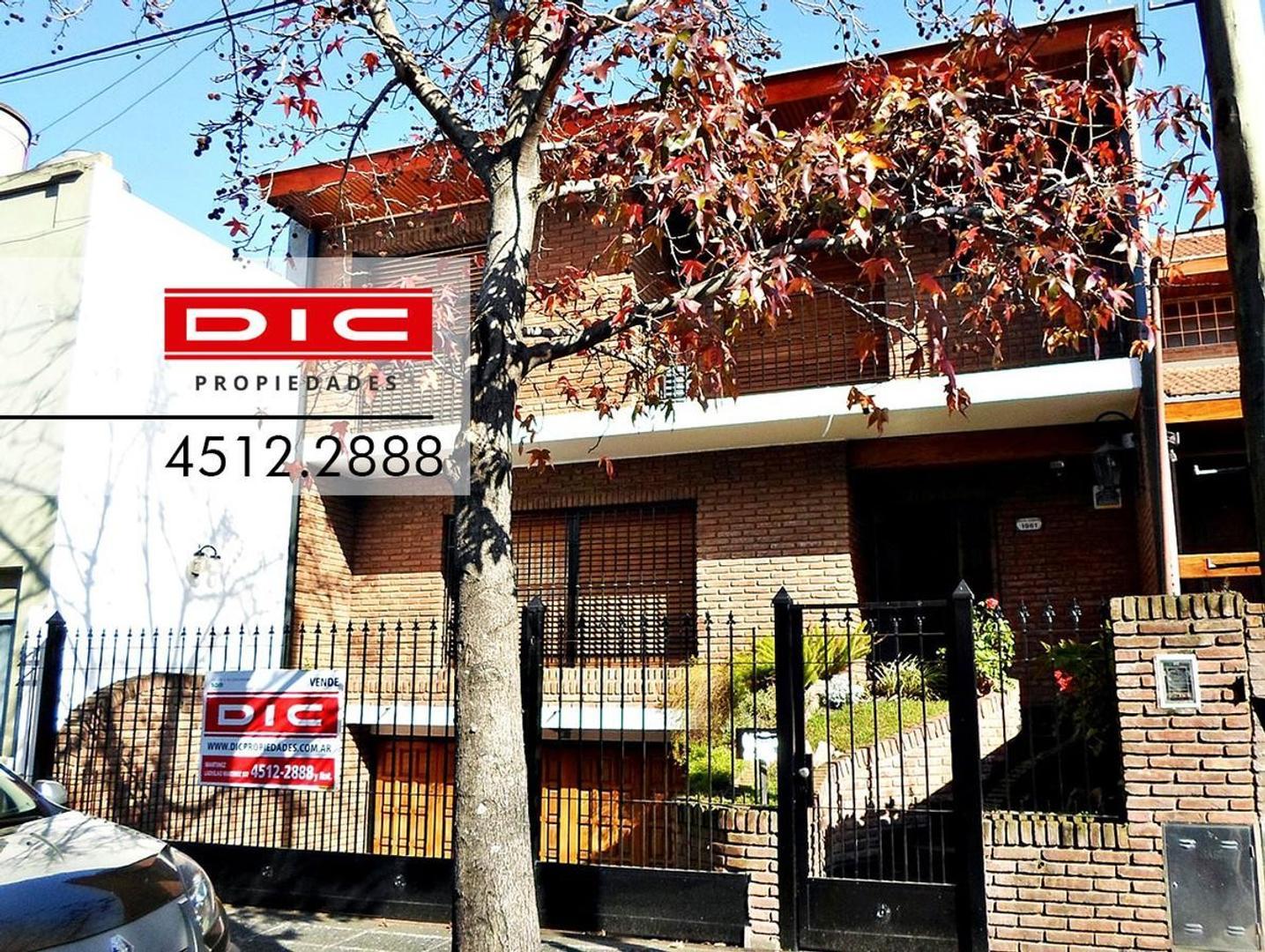 Martinez | Chalet 4 Ambientes | Venta