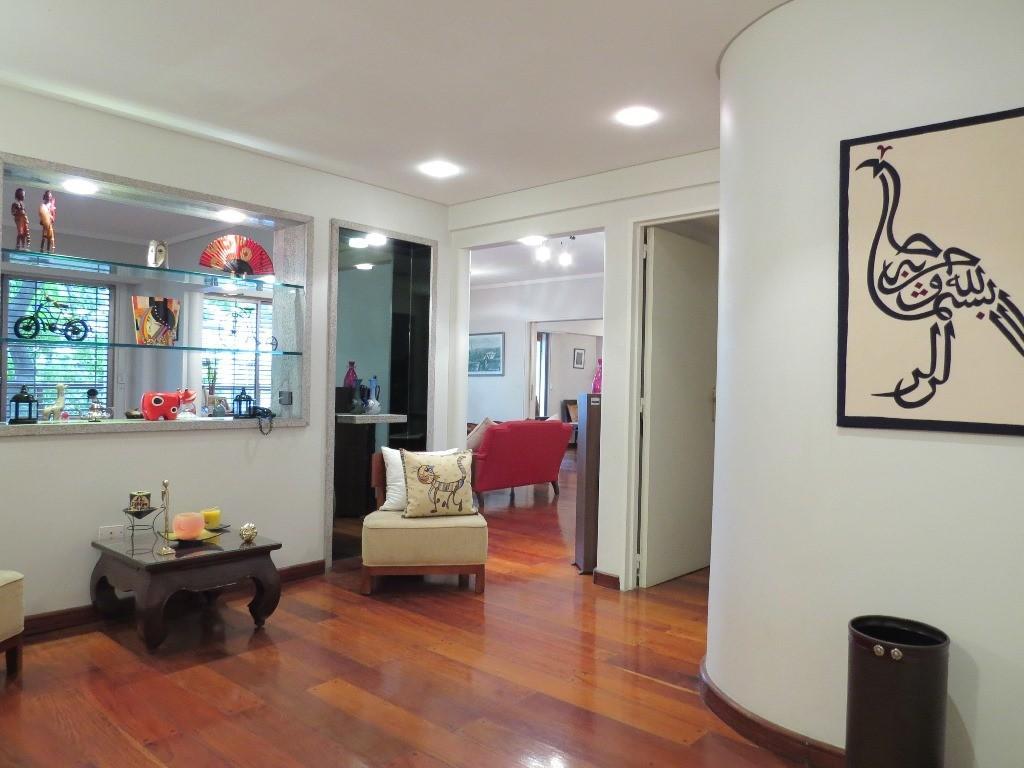 Hermoso piso Jorge Newbery y Libertador con 2 cocheras
