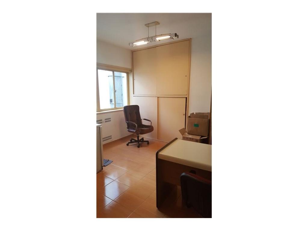 Oficinas en calle Suipacha al 400 - Oportunidad!!!