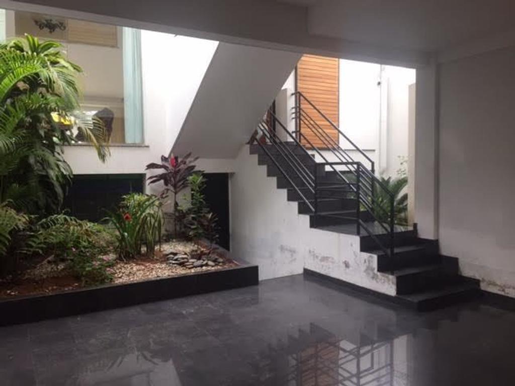 Excelente casa de 4 dormitorios, uno en suite con hidromasaje, vestidor, patio. Consulte