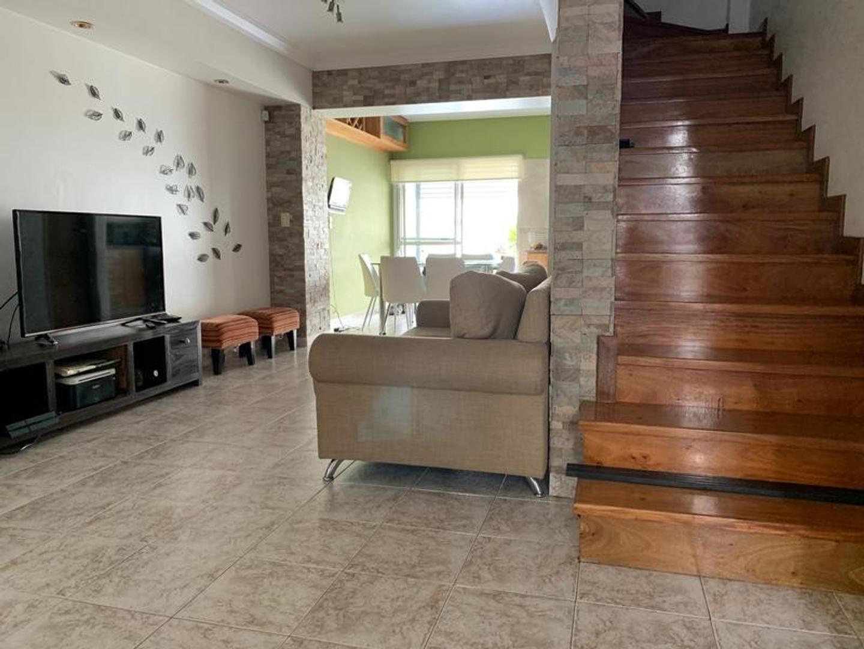Casa en Venta - 3 ambientes - USD 198.000