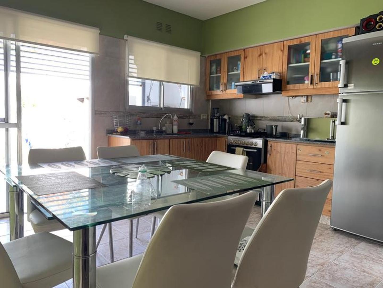 Casa - 97 m² | 3 dormitorios | 10 años