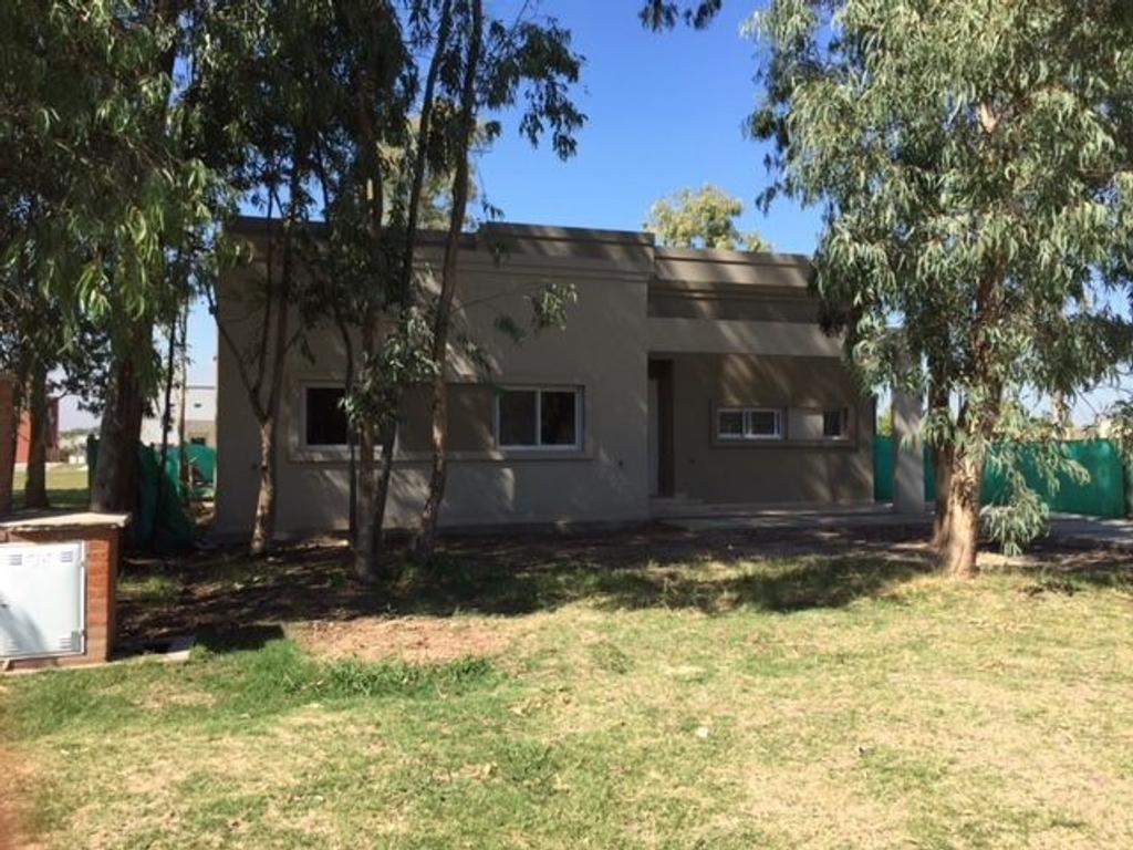 Casa  en Venta ubicado en San Eduardo, Pilar del Este - EII0054_LP167262_1