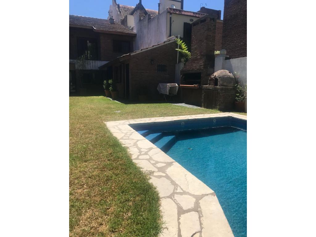 XINTEL(ALV-ALV-3542) Casa - Venta - Argentina, OLIVOS - PELLIZA 600