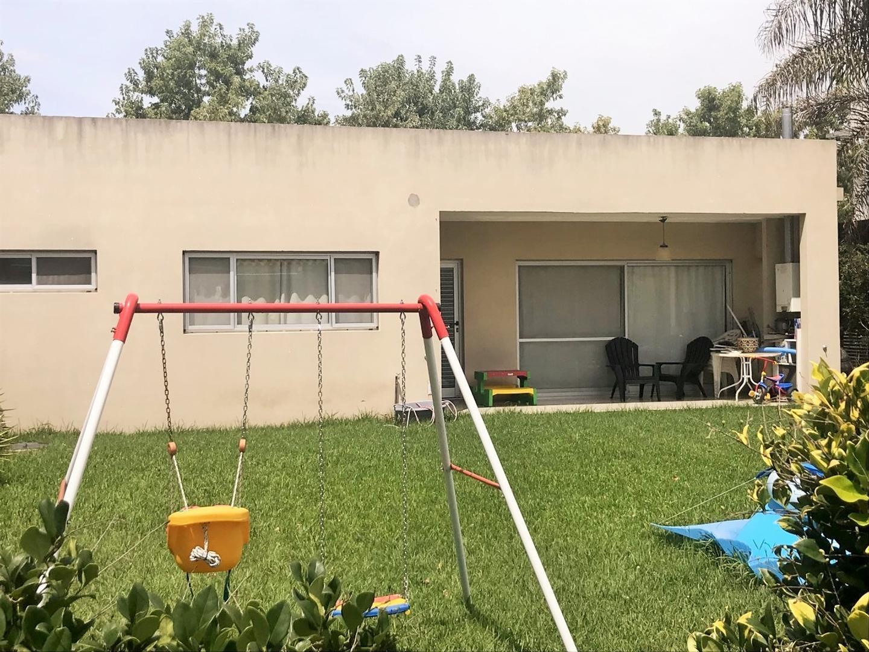 Casa en Venta en Las Orquideas - 4 ambientes