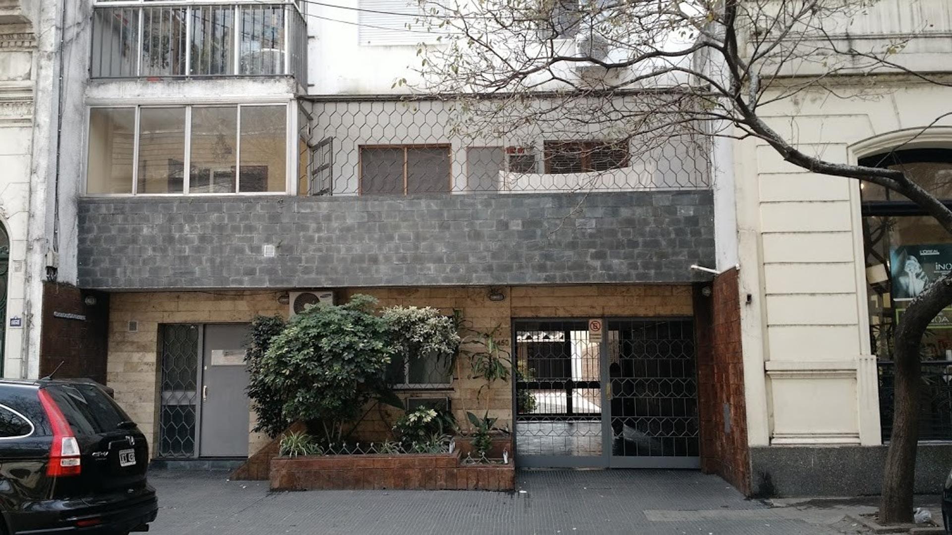 Excelente Departamento 2 Dormitorios Cocina separada Centro Rosario - Zeballos 1400.