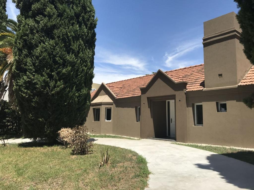 Casa  en Venta ubicado en C.C. Banco Provincia, Zona Oeste - OES1045_LP164951_1