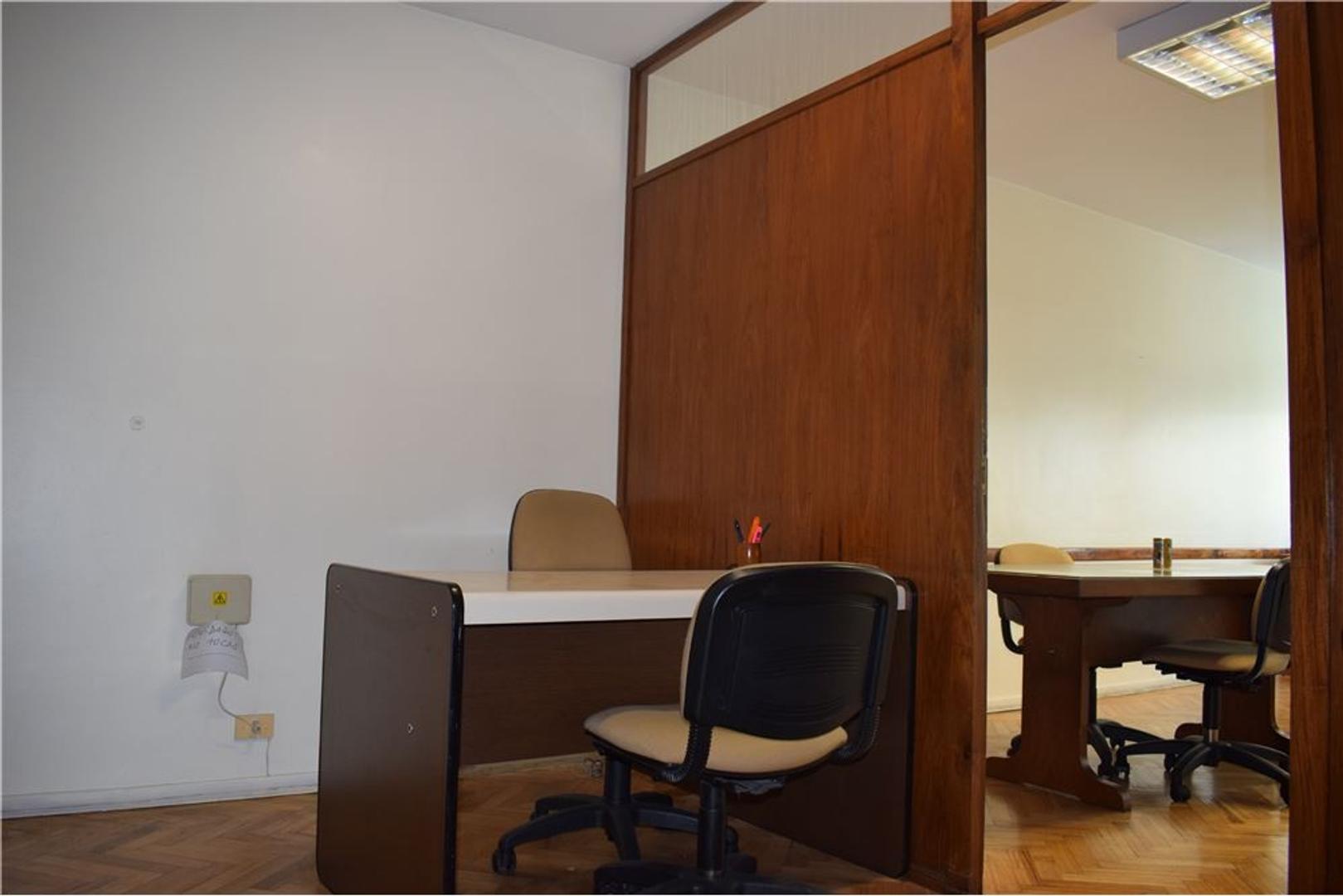 Oficina 60m2 - 2 baños - Maipu y Av. Córdoba