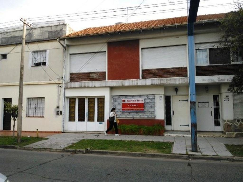 DUPLEX SOLIDA CONSTUCCIÓN MUY BUEN ESTADO - EXCELENTE UBICACIÓN -APTO CREDITO-
