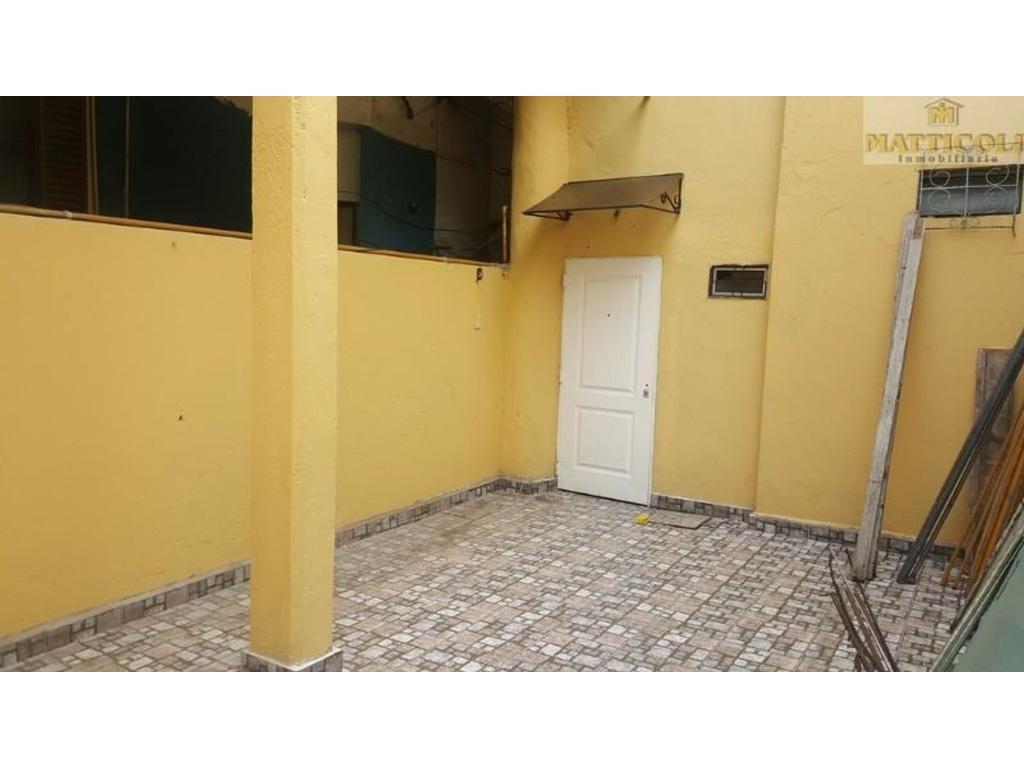 VENTA Enorme PH al fondo con Patio, Quincho, Parrilla y Jardín en San Martin Centro