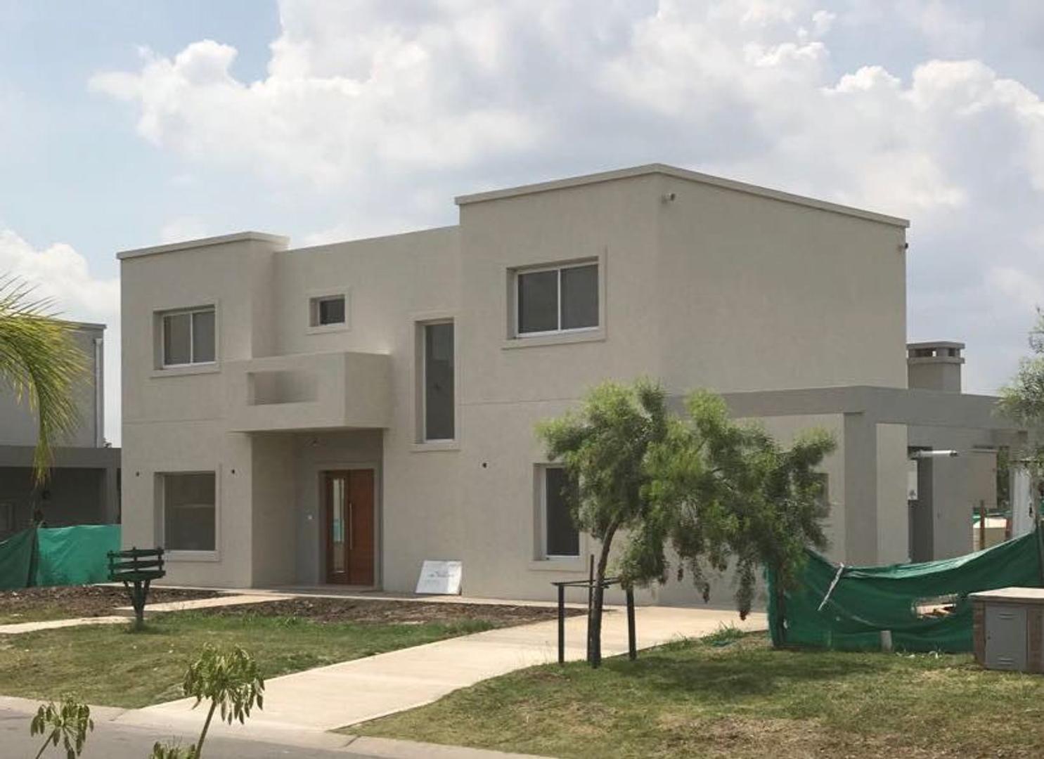 Susana Aravena Propiedades-Excelente casa en venta en Pilar del Este-Santa Guadalupe