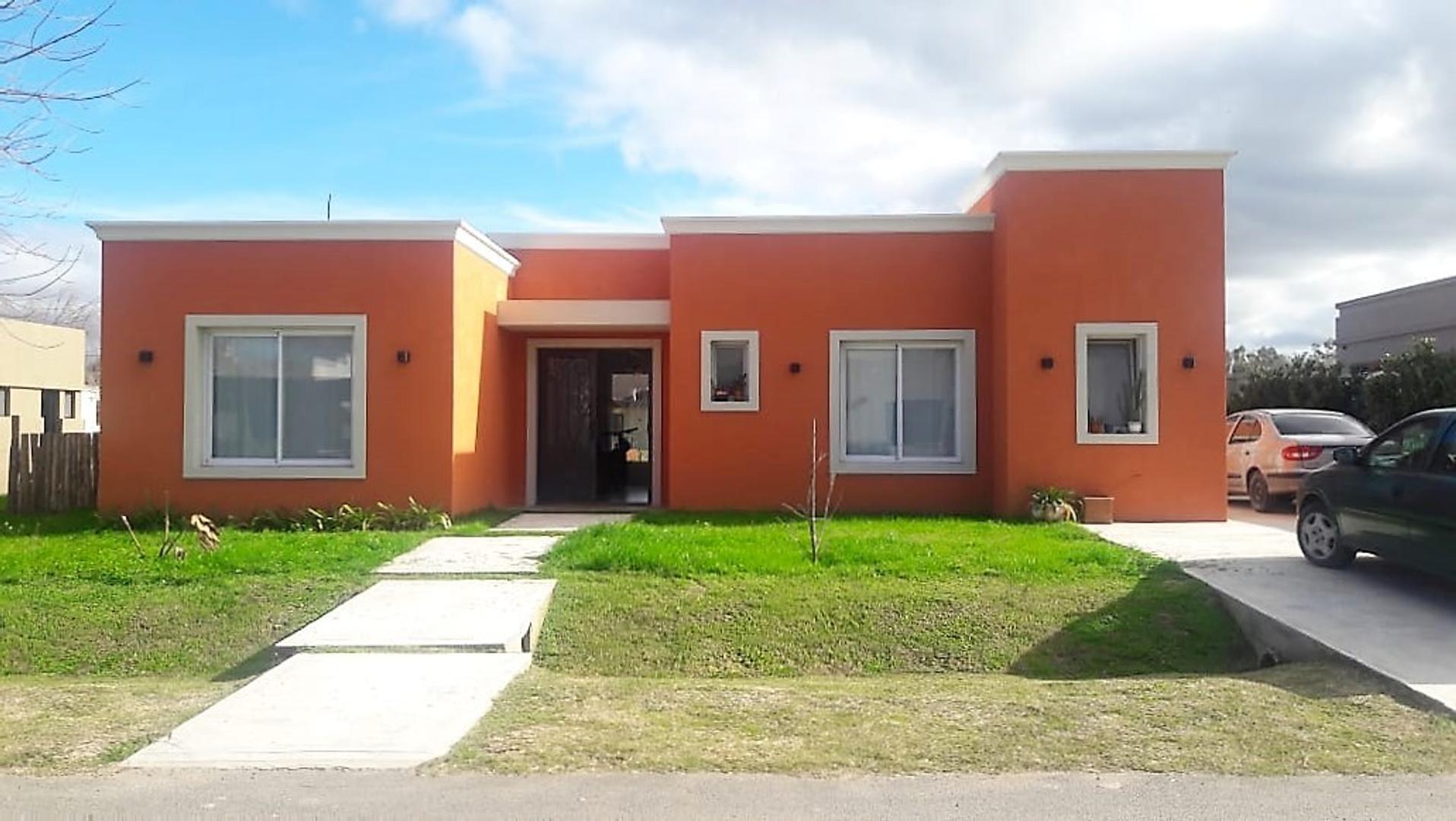 Casa en Venta en Manzanares Chico - 4 ambientes