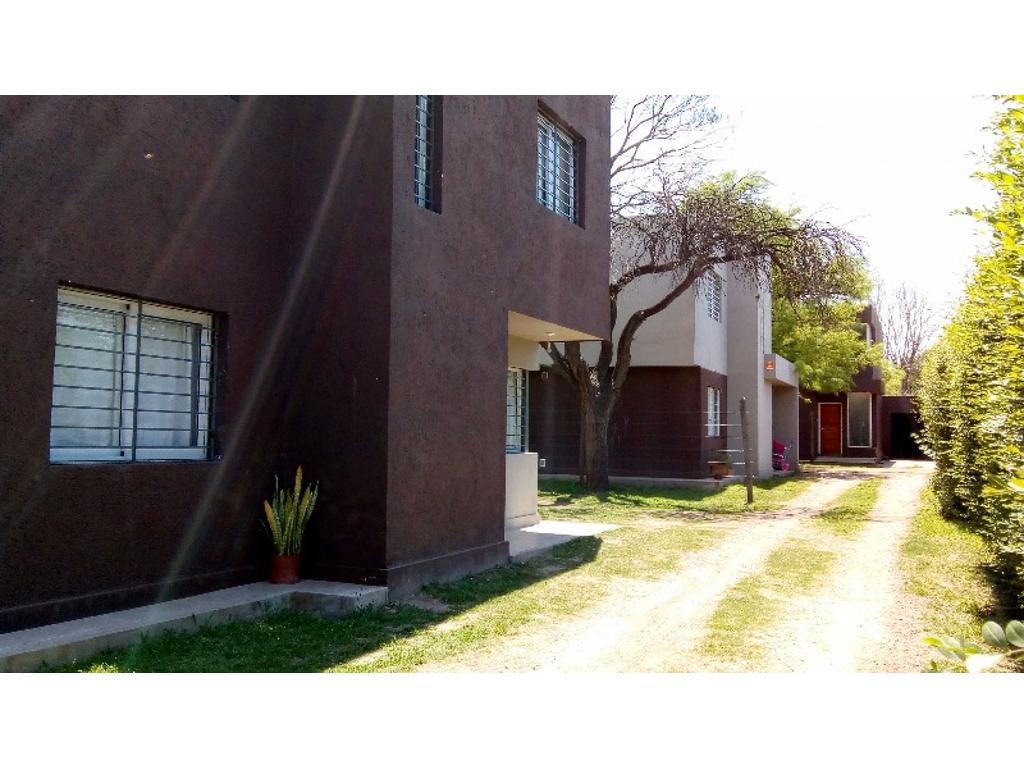 HOUSING TRES CASAS- IMPECABLE- APTO CREDITO - ESTRENAR -3D.