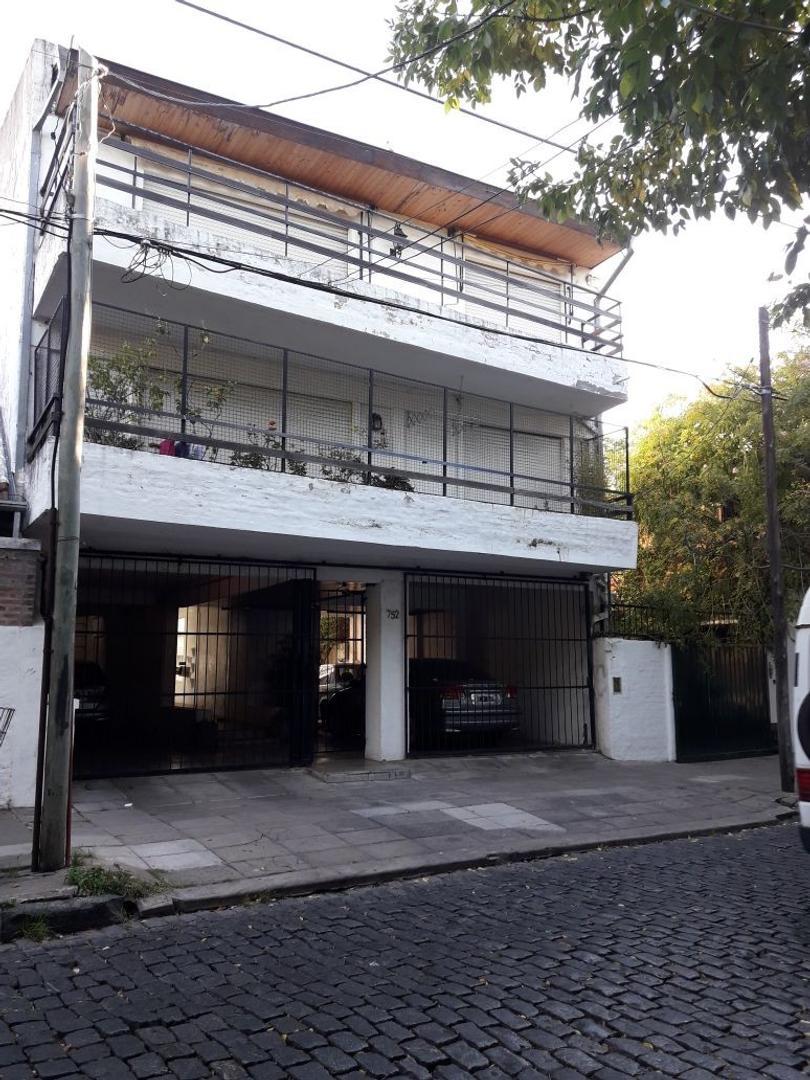 Departamento 3 ambientes  San Isidro / Beccar