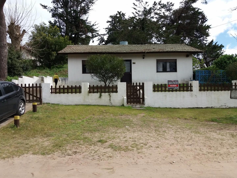 Casa en venta Villa Gesell,  lote de 825m2