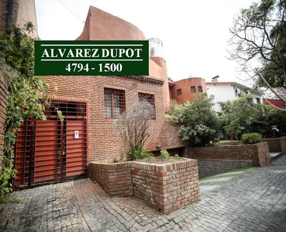 XINTEL(ALV-ALV-3652) Casa - Venta - Argentina, Vicente López - Jose Manuel Estrada 2900