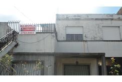 Alquila  Carapachay 3  Ambientes  Por escalera   Proximo Av.Parana 5' Panamericana