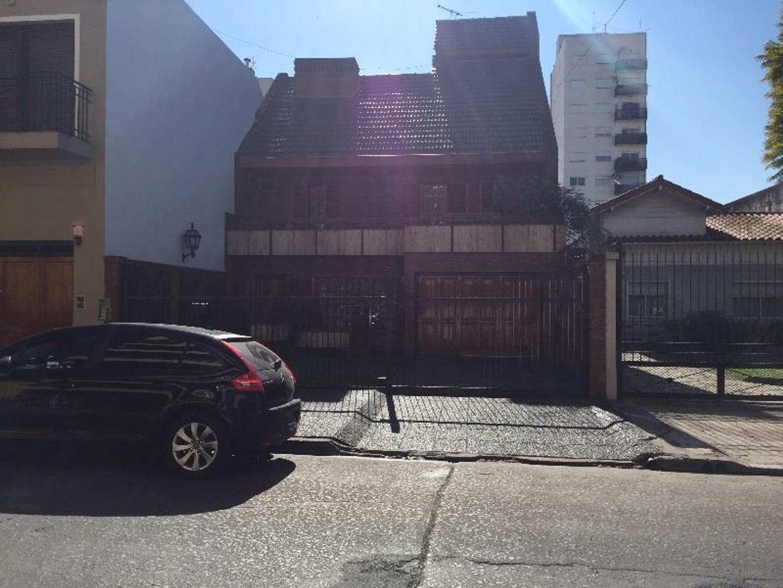Excelente casa en el centro de San Martín