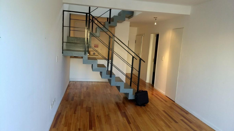 Excelente depto en Duplex . 2 AMBIENTES Villa Urquiza.