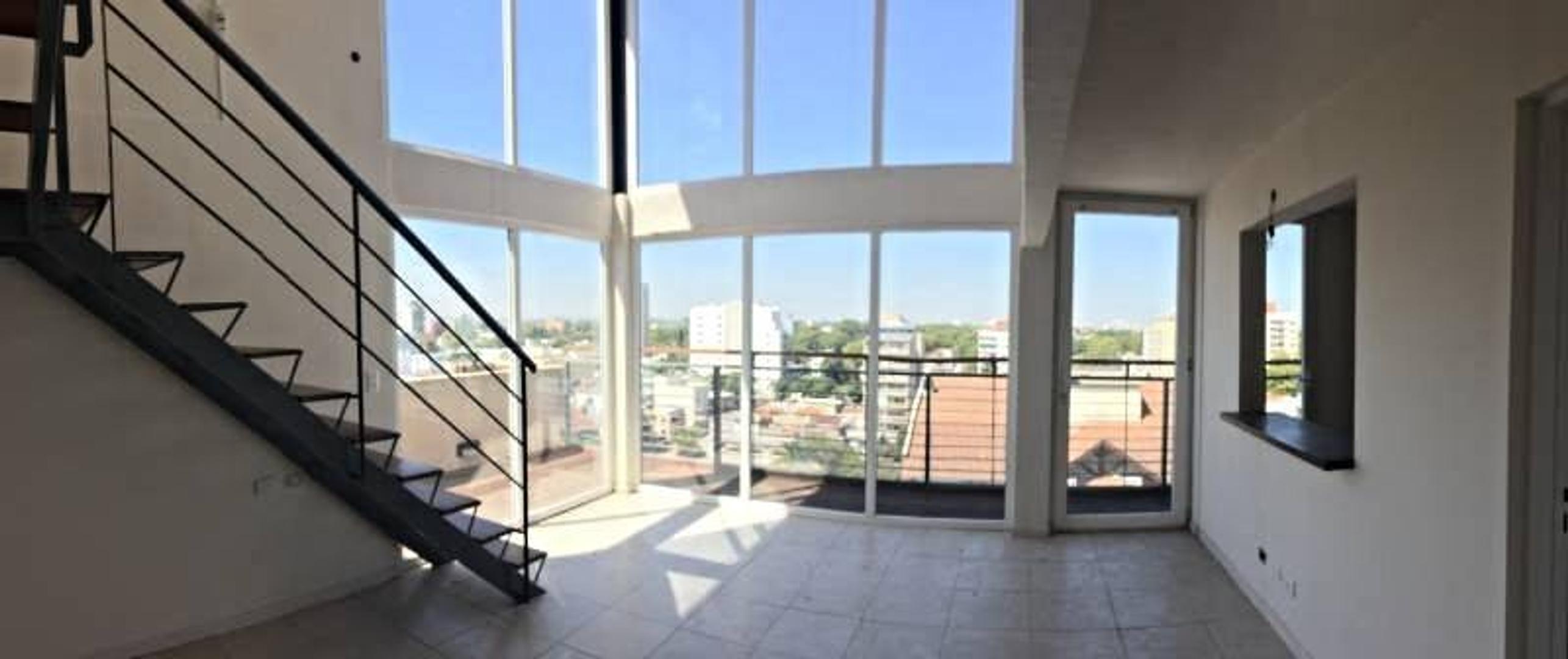 Departamento 2 Ambientes c/Cochera Tipo Duplex Unidad Especial - Posibilidad 2º Dormitorio