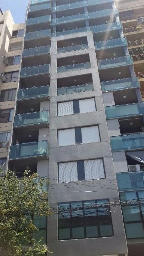 VENTA DOS DORMITORIOS-PARAGUAY 200-COCHERA-BAULERA-PILETA