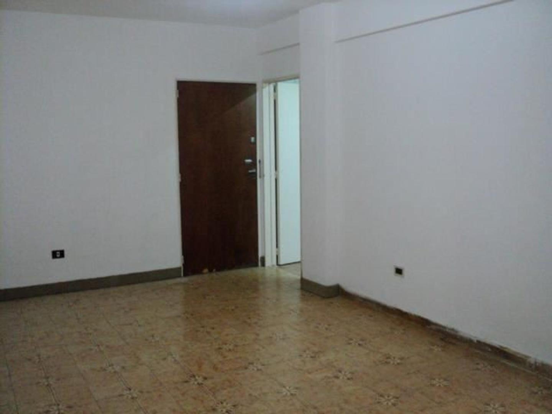Departamento  1 Dormitorios SOBRE AV. BEIRO DEVOTO INTERNO