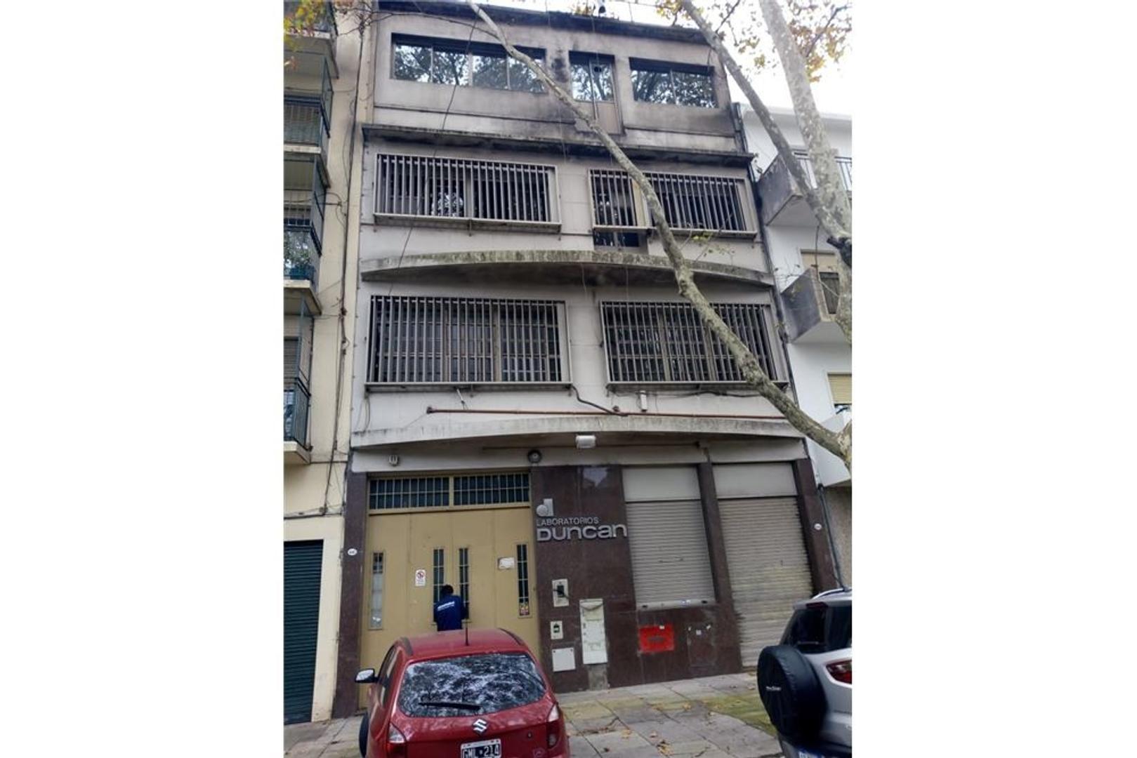 Oportunidad edificio 4 plantas 628 m2 s/expensas