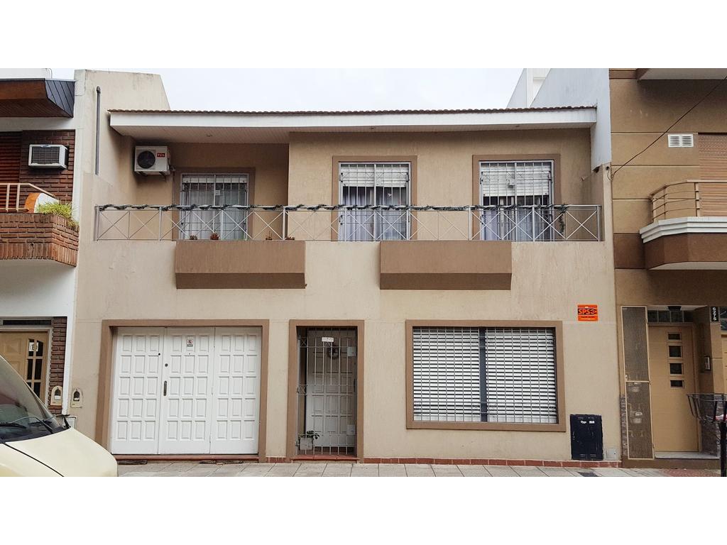 Alcaraz 6200 Casa en Lote propio APTO CREDITO