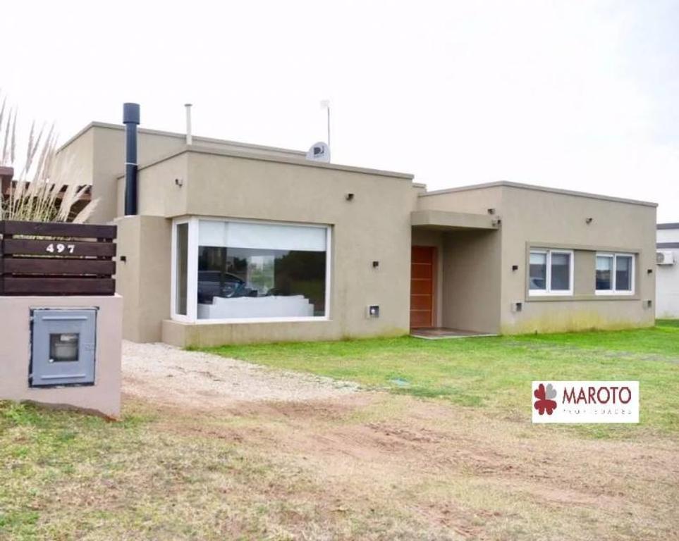 Costa Esmeralda - Casa en venta en barrio Residencial 1