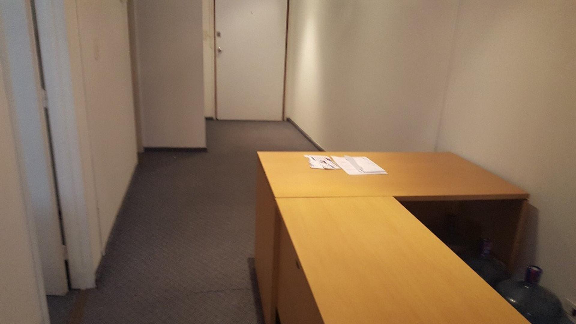 Oficina - Alquiler - Argentina, Capital Federal -  SUIPACHA  207
