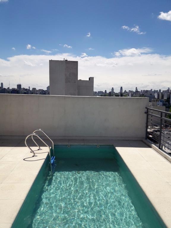 Alquiler 2 ambientes al frente con balcon y amenities!