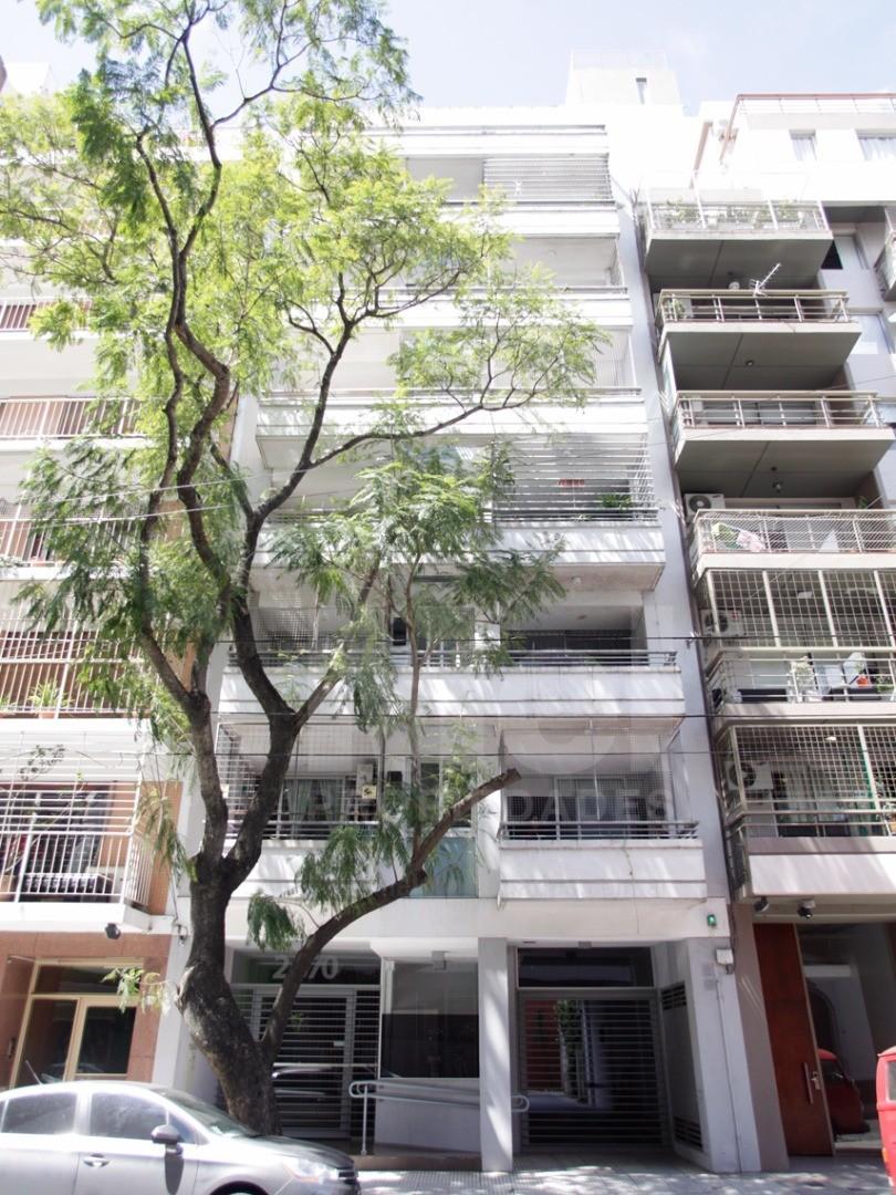 Lindo 3 amb. 2 baños comp. (1 suite) balcón c/parrilla y Cochera 8 años antig. en Belgrano