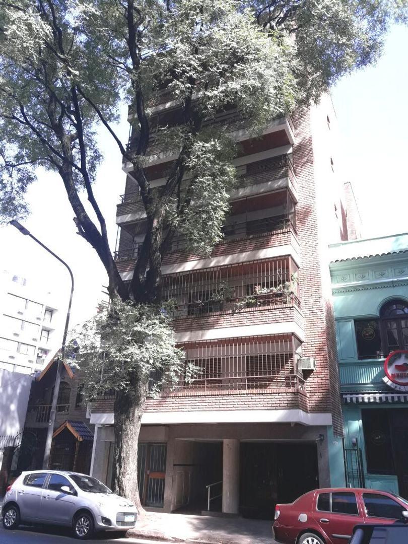 Malvinas Argentinas 300, Caballito. Semipiso 136 m2. 69 m2 cub. 3 amb. 2 dorm. Terraza 64 m2. Patio