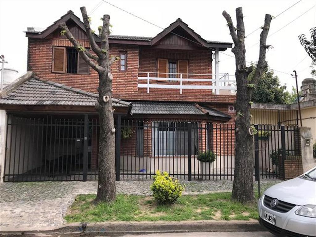 Casa en Venta de 4 ambientes en Buenos Aires, Pdo. de San Isidro, Boulogne