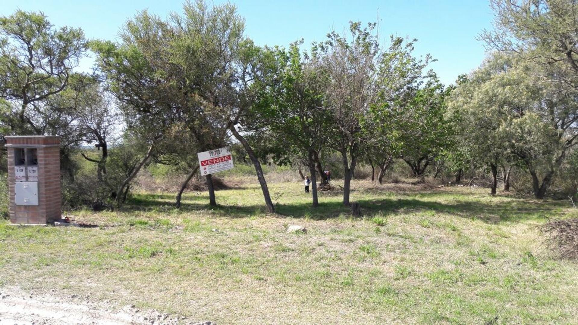 Compra tú terreno CERCA de cba, barrio CONSOLIDADO y con SERVICIOS TIERRA ALTA