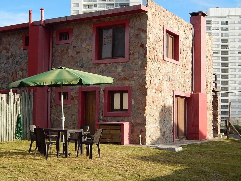 Casa en Alquiler Por Temporada en Playa Mansa