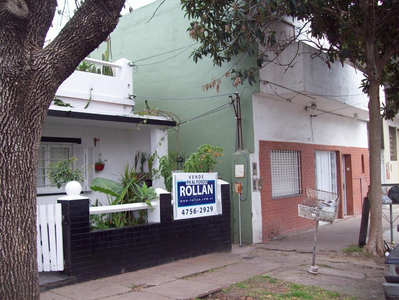 Casa Ph al fondo de 5 amb. en venta en Villa Adelina!!
