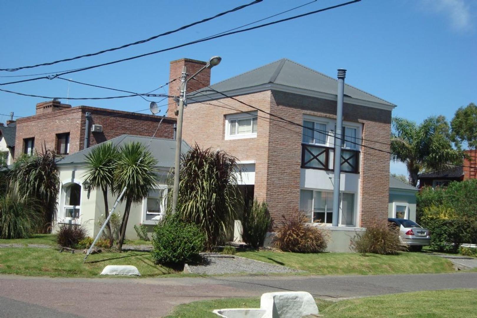 Casa Quinta  en Venta ubicado en C.C. Banco Provincia, Zona Oeste - OES0637_LP92077_2