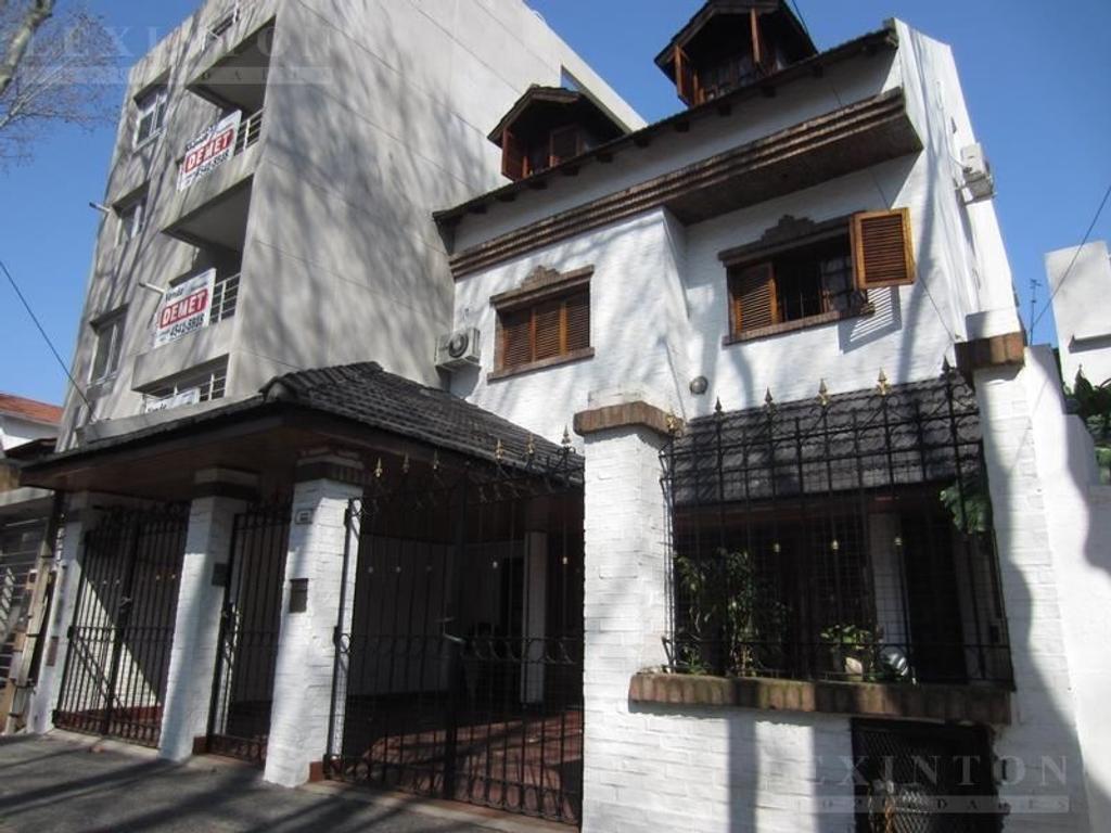 Casa en venta en plaza al 3600 coghlan argenprop for Casa de azulejos en capital federal