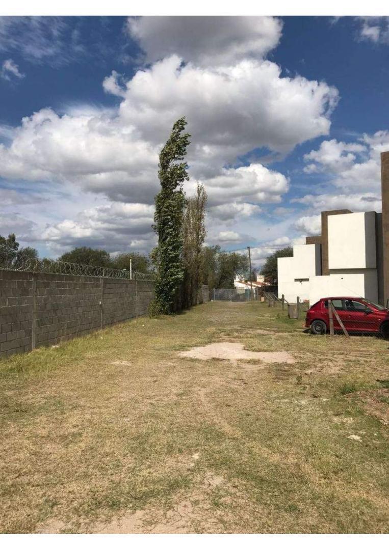 ARGUELLO NORTE- HOUSING- DUPLEX 2 DORM   2  BAÑOS - Foto 17