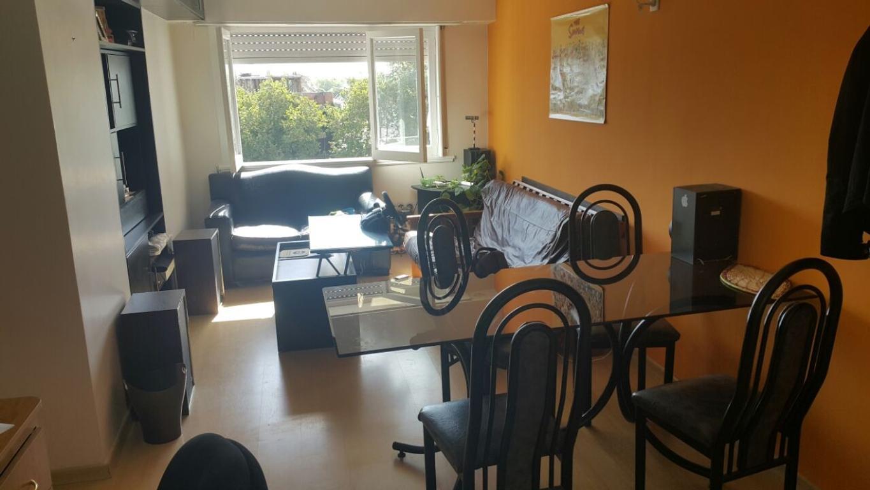 DUEÑO ALQUILA EXCELENTE Departamento 3 ambientes MUY luminoso Moderno y completamente reciclado a nu
