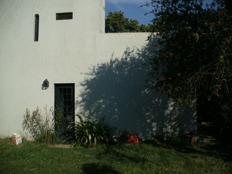 Calle 496 3900 - 5 ambientes con cochera