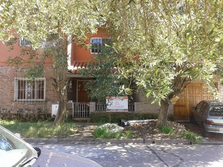 Casa en Venta en Martinez - 6 ambientes