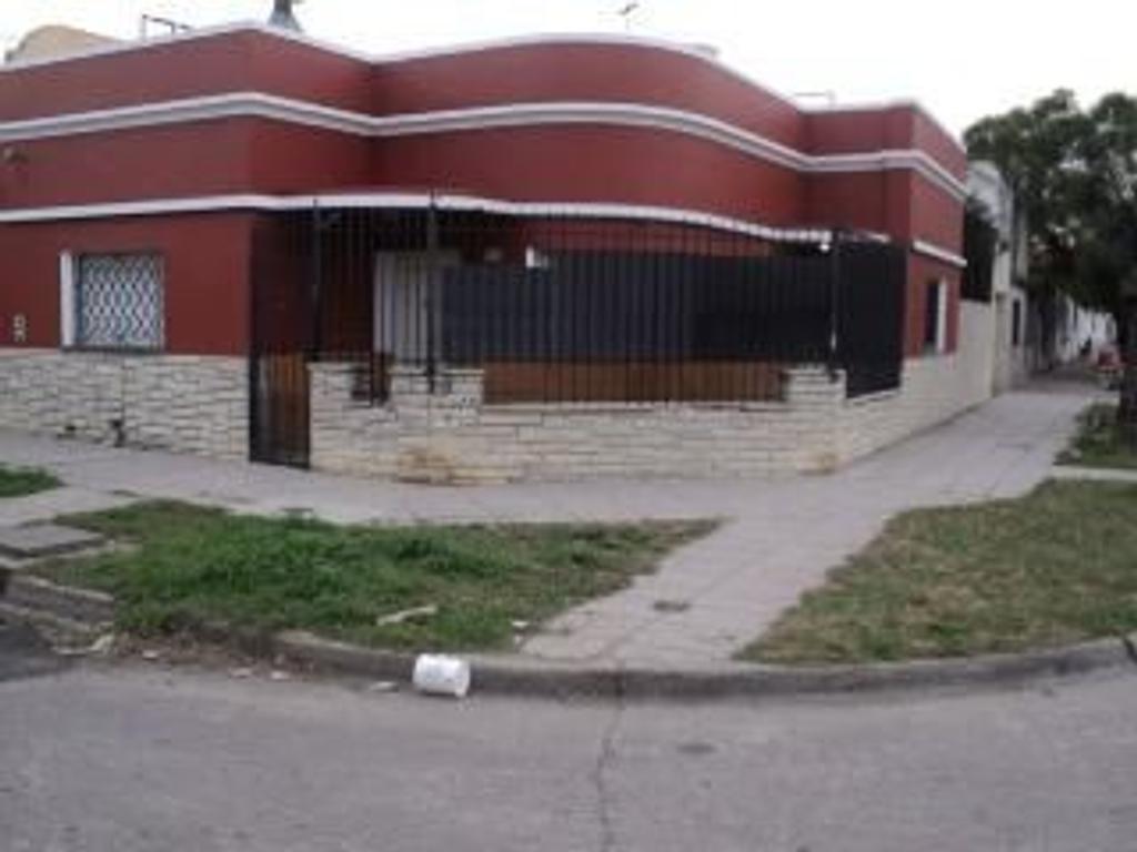 Casa en Venta de 3 ambientes en Buenos Aires, Pdo. de General San Martin, Villa Ballester