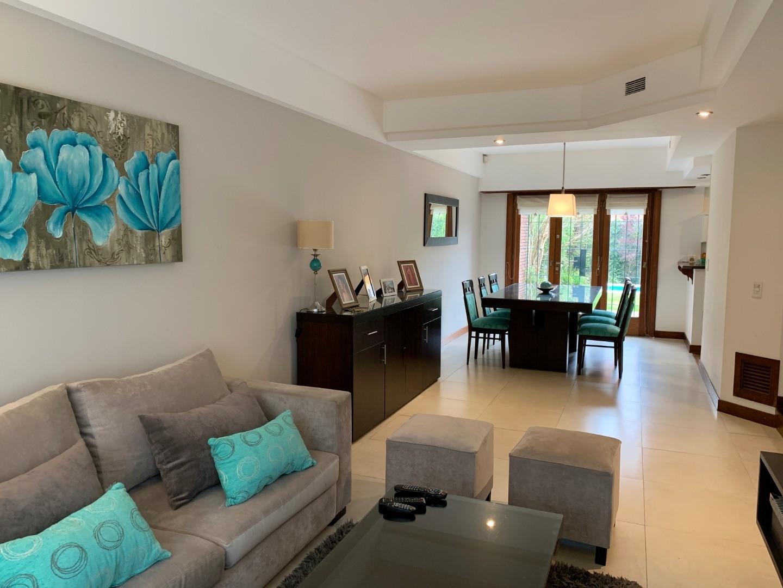 Casa en Alquiler en Los Troncos - 5 ambientes