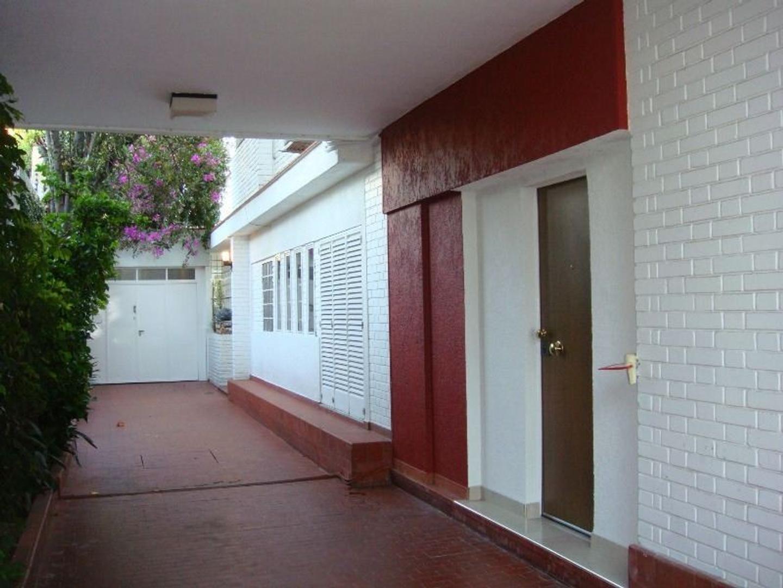 Casa en Venta en Barrio Norte - 5 ambientes