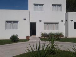 Casa En Pilar, Country C Los Lagartos A Estrenar